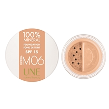 UNE 100% Mineral Foundation