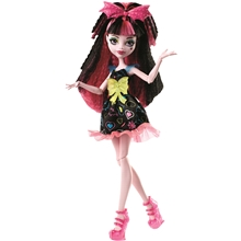 Monster High Hair Raising Ghouls Draculara